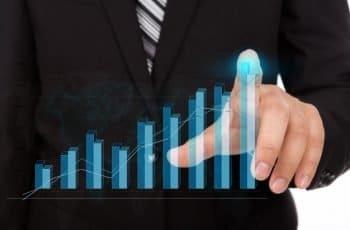 A estratégia de crescimento dos Gigantes Digitais: a economia da recorrência